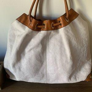 Michael kors white leather shoulder bag